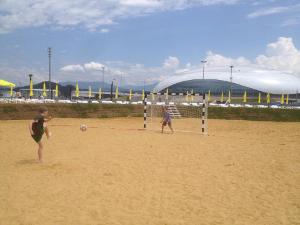 8 58 Песчаный пляж в Сочи. Какой он?