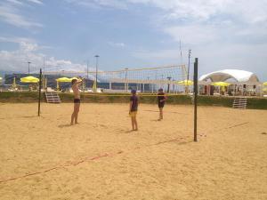 9 55 Песчаный пляж в Сочи. Какой он?
